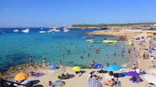 Ibiza Beach Day (5).jpg